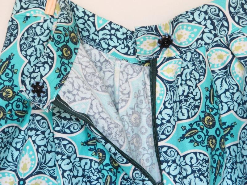floral skirt back snap detail