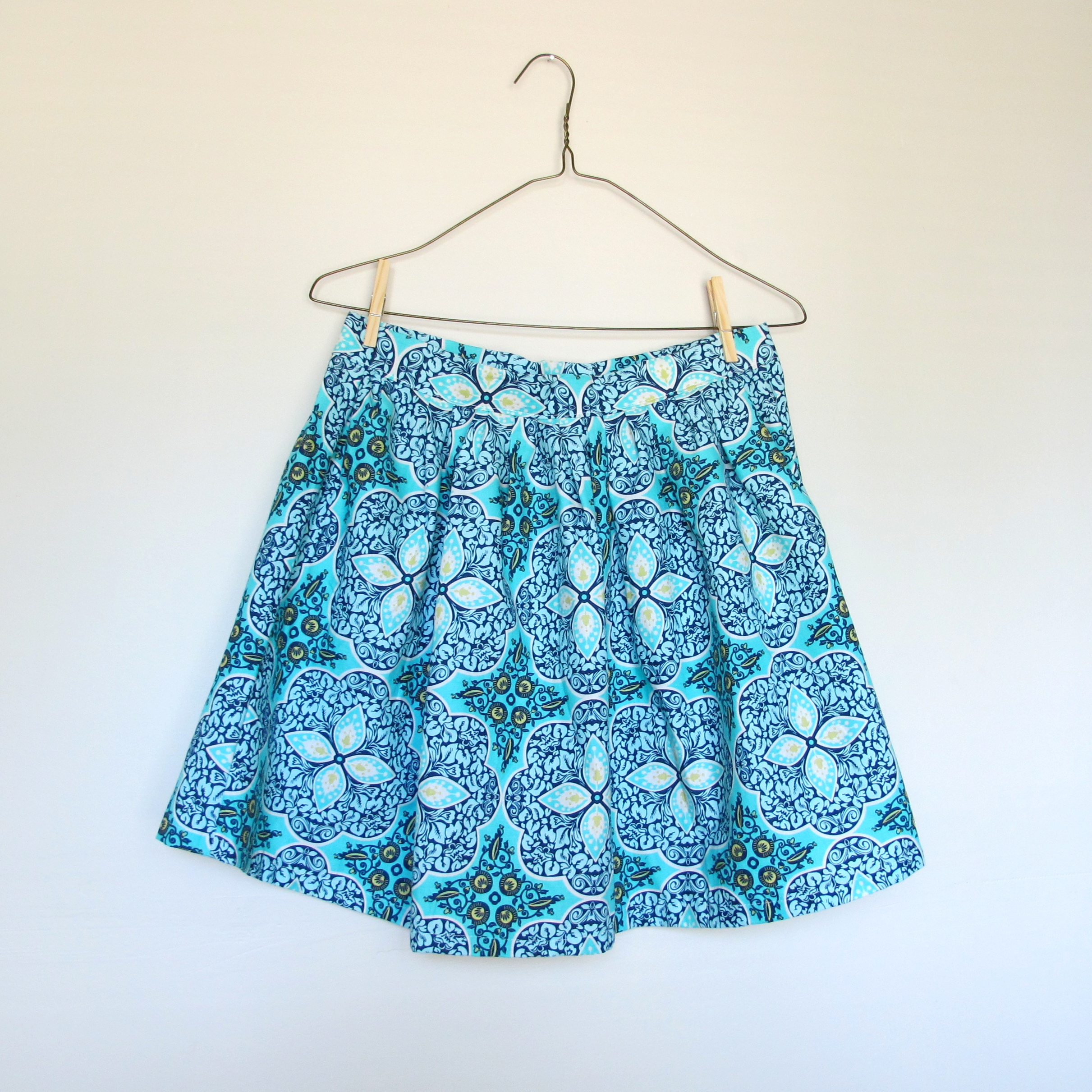 floral skirt sq